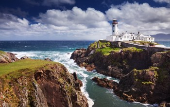шторм,The fanad lighthouse,скалы,маяк