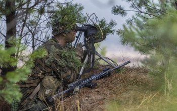 sniper,Canadian armed forces,weapon