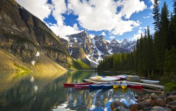 Moraine lake,alberta,canada,valley of the ten peaks
