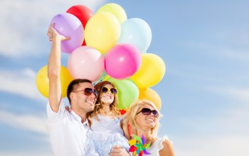 people,воздушные шары,люди,family,colorful,шарики,sky,happy,balloons