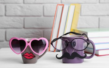 кружка,funny,очки,cute,кофе,glasses,Mustache,cup,lips,books,книги
