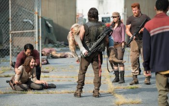 christian serratos,ходячие,lauren cohan,emily kinney,norman reedus,steven yeun