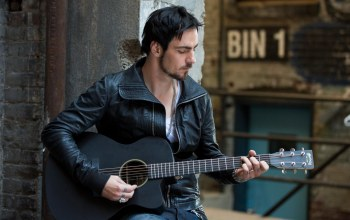 Гитара,Three days grace,adam gontier