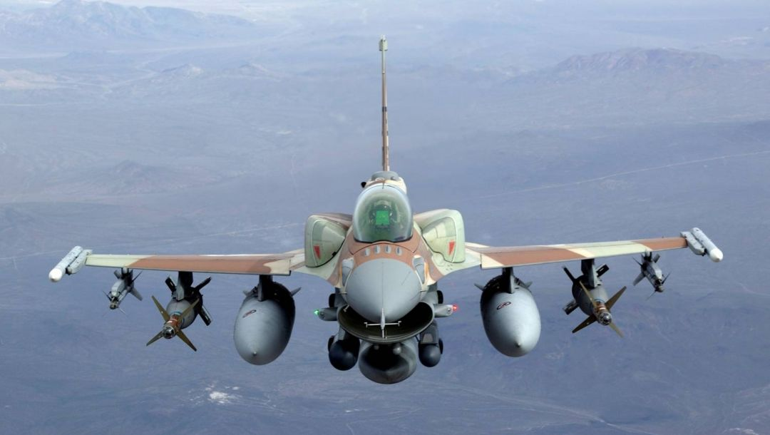 bombs,jet,F16,fighting falcon,air-to-air missiles