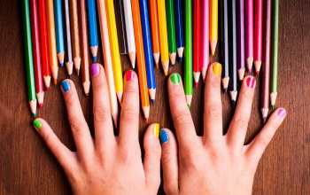 girl,colors,colorful,nails,teenager,rainbow,hands,pencils
