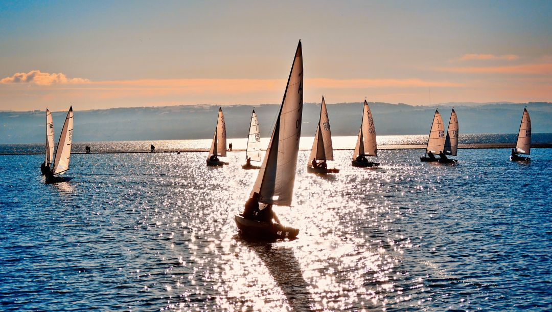 Sailboats at sea,яхты