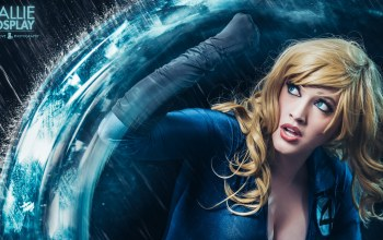 blonde,Callie cosplay,power,blue,invisible woman