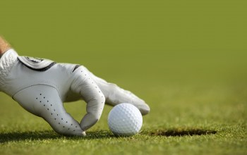 glove,Golf ball