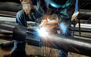 welding,worker,metallurgical,welder