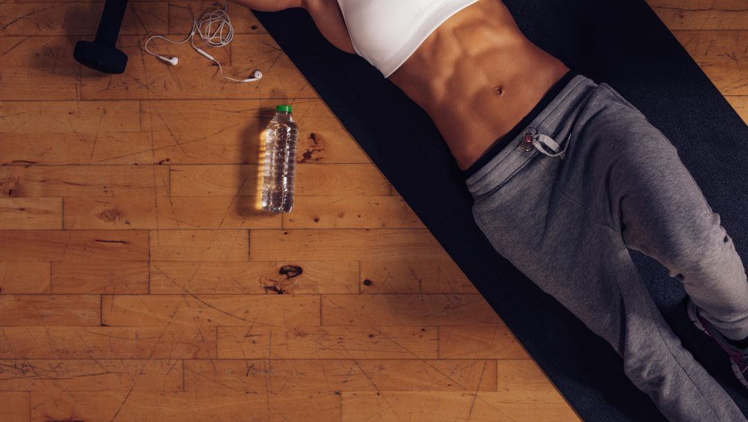 mineral water,workout,woman,abs,Floor