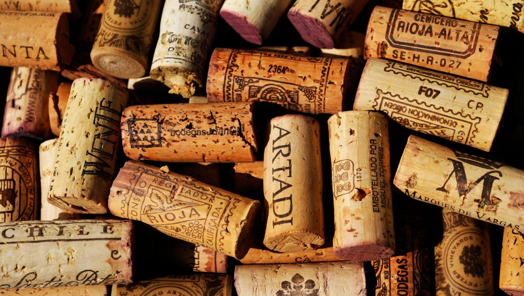 colored pattern,cork from bottles,Cork