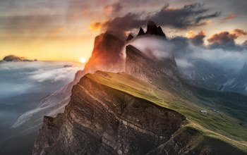 fog,dolomites,alps,clouds,light,mountain