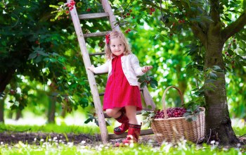 baby,garden,pretty,cherry,summer,beautiful,Девочка,платье,girl