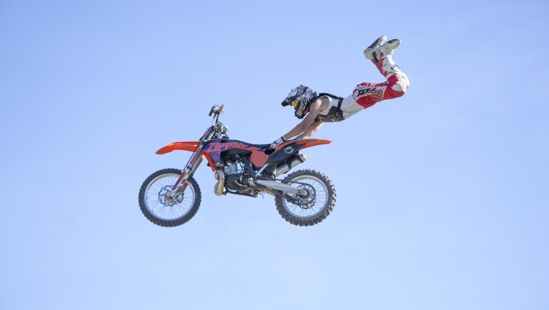 мотокросс,фристайл,маневр,fmx,superman double seat grab,всадник