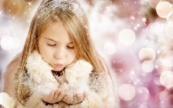 bokeh,children,happy,beautiful little girl,snow,merry christmas,child,enjoy