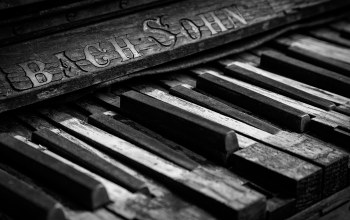 broken,old piano,клавиши,bach