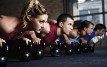group,Pushups,class,crossfit,russian dumbbell