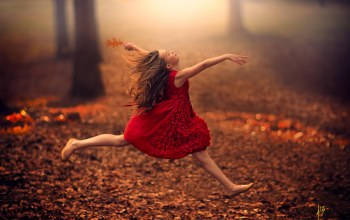 baby,Automn,freedom,jump,girl,dress,осень,Девочка,Road