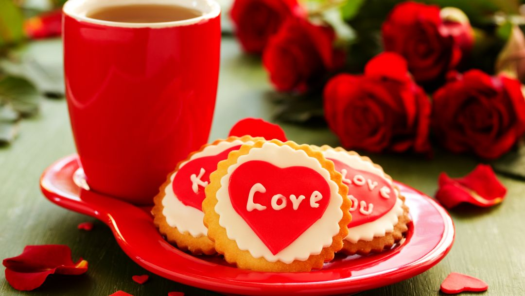 Bouquet,cookies,tea,roses,Biscuits,cup,heart,holiday