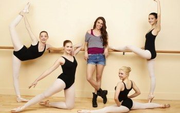 julia goldani telles,балерины,sutton foster,Bunheads,kaitlyn jenkins