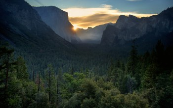 yosemite valley,haff dome,el capitan,sunrise