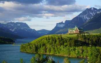 waterton lakes national park,waterton lake,alberta,Prince of wales hotel,canada