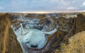 canyon,golden,Palouse falls,winter,ice