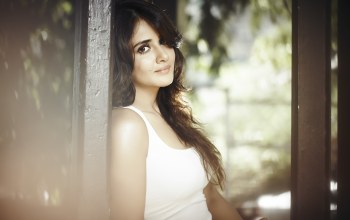 cute,celebrity,actress,girl,Parul yadav,pretty,brunette,beautiful,bollywood