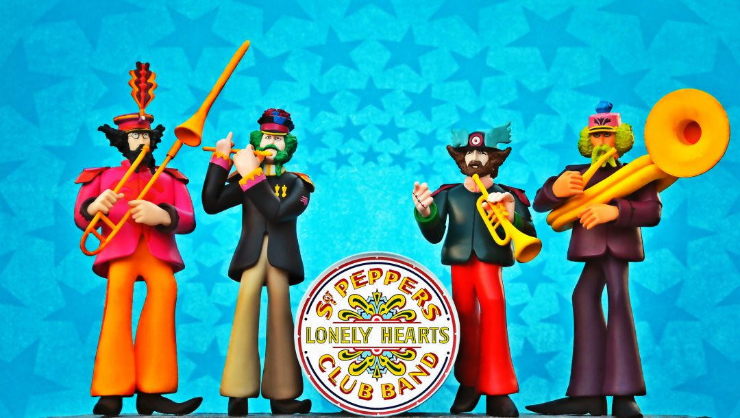 The beatles,sgt. peppers lonely hearts club band,yellow submarine