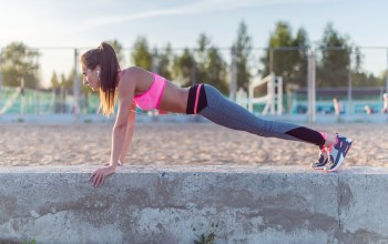 Outdoor activity,Pushups