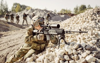 rifle,Training platoon,telescopic sight,soldier