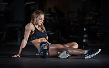 crossfit,workout,resting pose,abs,russian dumbbell