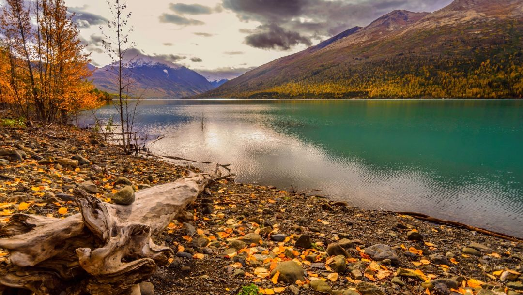 park,colorful,leaves,fall,water,mountains,autumn,forest,river,sky,clouds,trees