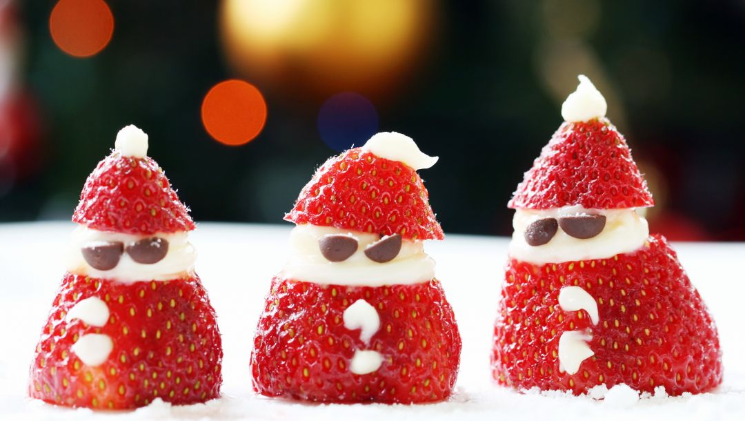 santa snacks,strawberry santa,food
