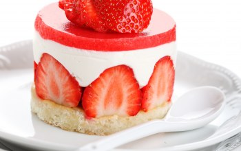 fresh berries,крем,Strawberry,клубника,cream,cake