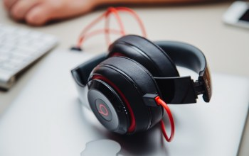 beats electronics,comfort,cables,headphones
