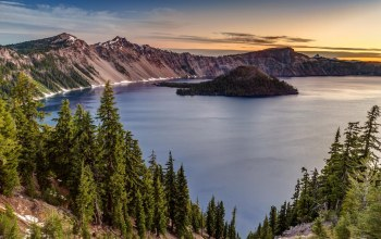 National park,остров,crater lake,Кратер