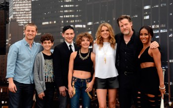 ben mckenzie,erin richards,donal logue,camren bicondova,готэм,david mazouz,Gotham