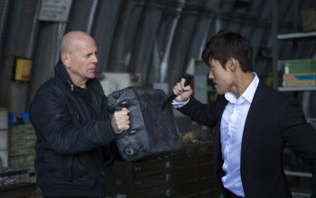 bruce willis,ли бён хон,lee byeong heon,red 2,брюс уиллис