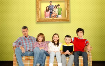 бывает и хуже,patricia heaton,комедия,The middle,neil flynn