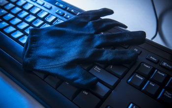 data theft,keyboard,gloves,Hackers