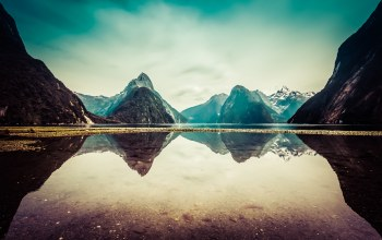new zealand,mountains,милфорд саунд,snow,clouds,reflection,Milford sound