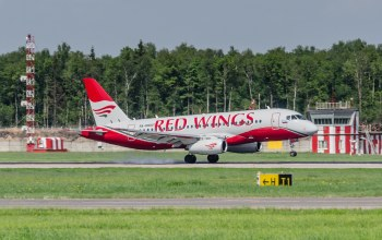 red wings,посадка,авиакомпания,Самолёт,пассажирский