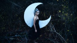Aleah michele,Лес,swear by the moon,девушка
