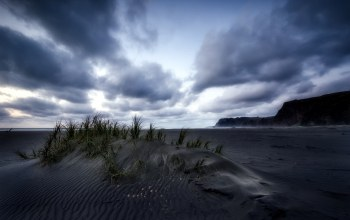 black sand,last light,new zealand,Karekare beach