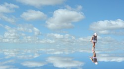 зеркало,mirror,woman,Небо,blue,clouds,синий,Облака,sky,reflection