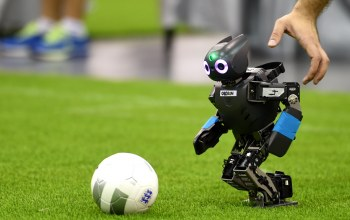 hand,Ball,football,robot