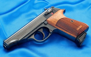 65 mm,blue fabric,walther pp 7,gun
