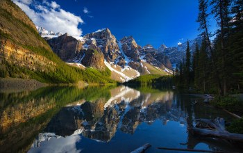 alberta,valley of the ten peaks,Moraine lake,canada
