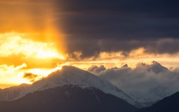 cloud,sunrise,mountain,snow